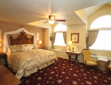 Carriage House B&B room Paso Robles California